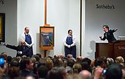 """Edvard MUnch's fettstiftmaleri """"Skrik"""" ble solgt tirsdag på Sothebyæs auksjonshus i New York for rekordbudet 107 millioner dollar. Med Selgers bonus og andre provisjoner kom summen på 119.5 millioner, det dyreste noensinne."""