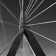 Le Pont de la Poya, long de 851 mètres, surplombe la Sarine sur une longeur de 851 mètres. Construction et inauguration officielle du Pont de la Poya, Fribourg, 2011 - 2014.  © Romano P. Riedo | fotopunkt.ch