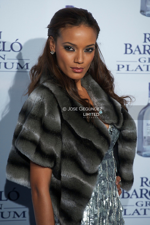 Selita Ebanks attends the photocall Ron Barcelo has Platinium