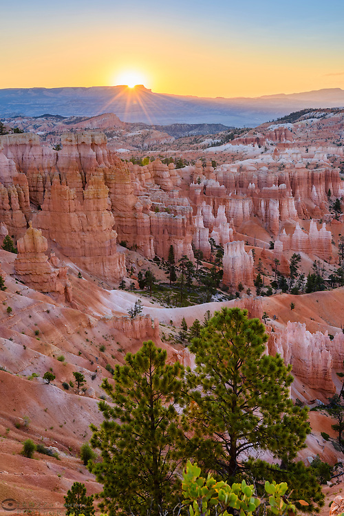 Sunrise, scenic views, Bryce Canyon National Park, located Utah, in the Southwestern United States.