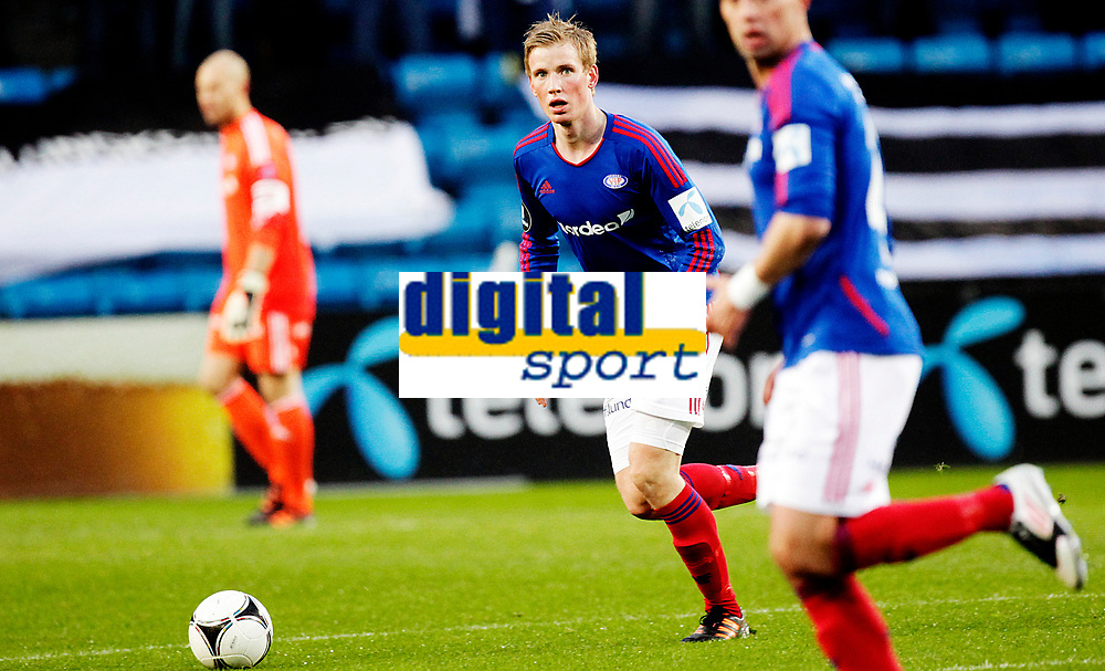 Fotball<br /> Tippeligaen<br /> Ullev&aring;l Stadio 20.04.12<br /> V&aring;lerenga VIF - Sogndal<br /> Simon LArsen<br /> Foto: Eirik F&oslash;rde