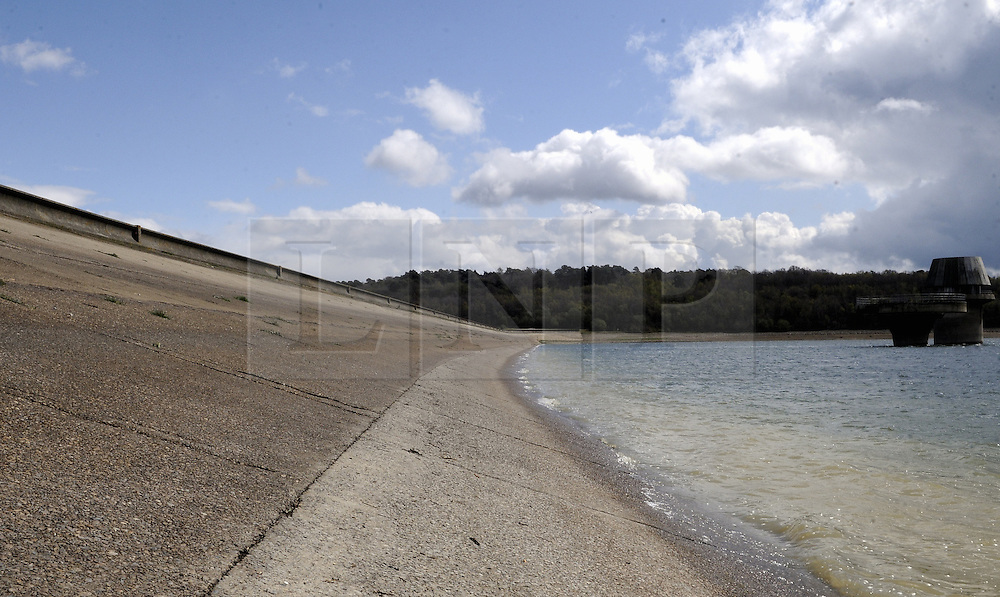 © Licensed to London News Pictures. 17/04/2012.Drought conditions at Bewl water reservoir in Lamberhurst, Kent  today (17.04.2012)..Photo credit : Grant Falvey/LNP