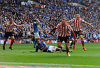 Football - 2019 EFL Checkatrade Trophy Final - Sunderland vs. Portsmouth<br /> <br /> Aiden McGeady of Sunderland celebrates his late equalising goal to send the game into extra time, at Wembley.<br /> <br /> COLORSPORT/ANDREW COWIE