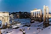 Unusual Rome: snow