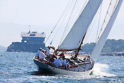 Sonny sailing in the Robert H. Tiedemann Classic Yachting Weekend race 1. Clingstone in the background.