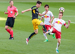 28.05.2017, Red Bull Arena, Salzburg, AUT, 1. FBL, FC Red Bull Salzburg vs Cashpoint SCR Altach, 36. Runde, im Bild v.l.: Benedikt Zech (Altach), Takumi Minamino (FC Red Bull Salzburg), Christian Schwegler (FC Red Bull Salzburg) // during Austrian Football Bundesliga 36th round Match between FC Red Bull Salzburg and Cashpoint SCR Altach at the Red Bull Arena, Salzburg, Austria on 2017/05/28. EXPA Pictures © 2017, PhotoCredit: EXPA/ JFK