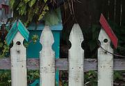 bird house shapped pickett fence