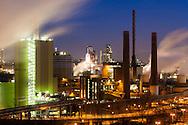 DEU, Germany, North Rhine-Westphalia, Ruhr area, Duisburg, ThyssenKrupp Steel plant in the district Bruckhausen, view from the Alsumer Berg.<br /> <br /> DEU, Deutschland, Nordrhein-Westfalen, Ruhrgebiet, Duisburg, ThyssenKrupp Steel Werk Bruckhausen, Blick vom Alsumer Berg.
