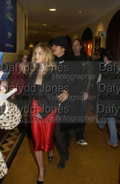 Kate Bosworth and Orlando Bloom, The premiere for the new Cirque Du Soleil production, Alegria, at the Royal Albert Hall and party afterwards in the Kensington Roofgarden. London.  5 January 2006. ONE TIME USE ONLY - DO NOT ARCHIVE  © Copyright Photograph by Dafydd Jones 66 Stockwell Park Rd. London SW9 0DA Tel 020 7733 0108 www.dafjones.com