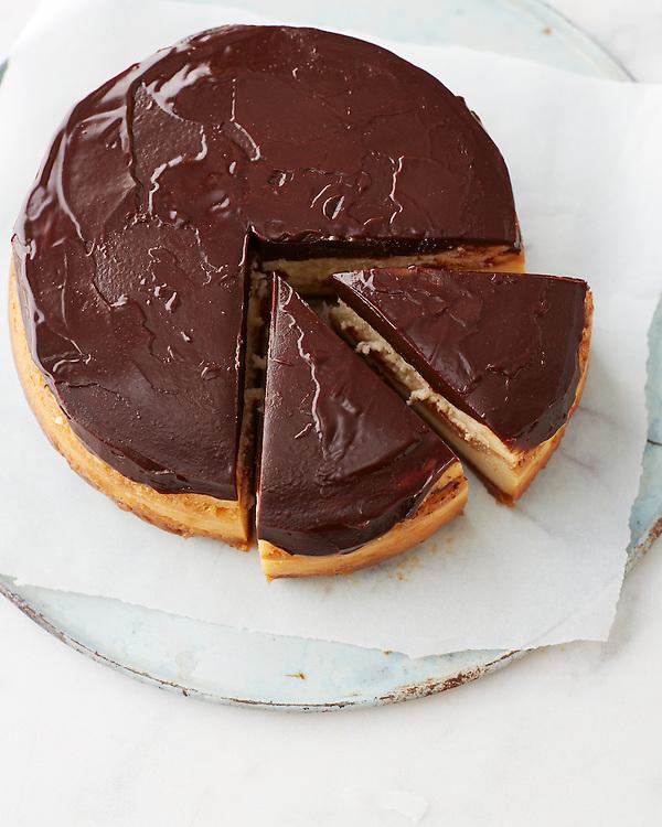Decadent Classic Cheesecake With Chocolate Ganache