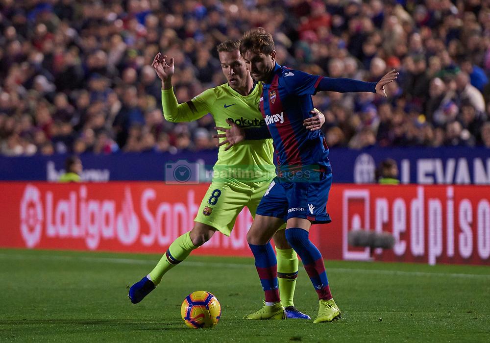 صور مباراة : ليفانتي - برشلونة 0-5 ( 16-12-2018 )  20181216-zaf-i88-439