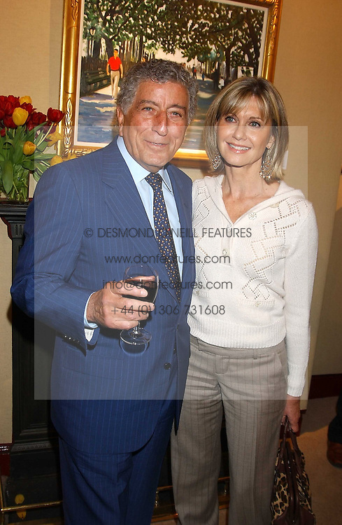TONY BENNETT and OLIVIA NEWTON-JOHN at a private view of paintings by singer Tony Bennett held at the catto Gallery, 100 Heath Street, London NW3 on 5th April 2005.<br /><br />NON EXCLUSIVE - WORLD RIGHTS