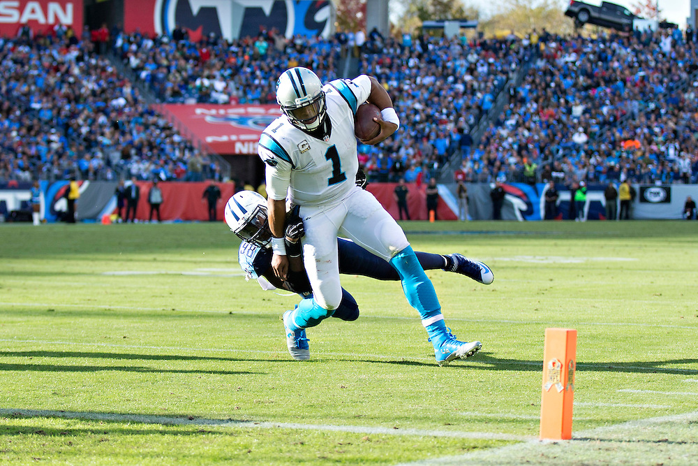 NASHVILLE, TN - NOVEMBER 15:  Cam Newton #1 of the Carolina Panthers is tackled from behind while going for the end zone by Brian Orakpo #98 of the Tennessee Titans at Nissan Stadium on November 15, 2015 in Nashville, Tennessee.  (Photo by Wesley Hitt/Getty Images) *** Local Caption *** Brian Orakpo; Cam Newton