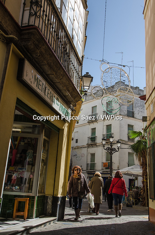 A street in the historic old town of Cádiz.