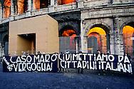 Roma, 3 Aprile 2013.Manifestazione al Colosseo indetta dal Sindaco di Roma Gianni Alemanno per chiedere il rientro in Italia di Salvatore Girone e Massimiliano Latorre, i due fucilieri del Reggimento San Marco detenuti in India con l'accusa di aver ucciso due pescatori scambiati per pirati.