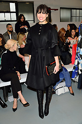 © Licensed to London News Pictures. 22/02/2016. DAISY LOWE attends the ANTONIO BERARDI show at the London Fashion Week Autumn/Winter 2016 show. Models, buyers, celebrities and the stylish descend upon London Fashion Week for the Autumn/Winters 2016 clothes collection shows. London, UK. Photo credit: Ray Tang/LNP