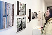 Exposition des photographes Jean-Claude Collet et Renaud Kasma à la Galerie d'art L'Espace Contemporain / Montreal / Canada / 2012-02-29, © Photo Marc Gibert / adecom.ca