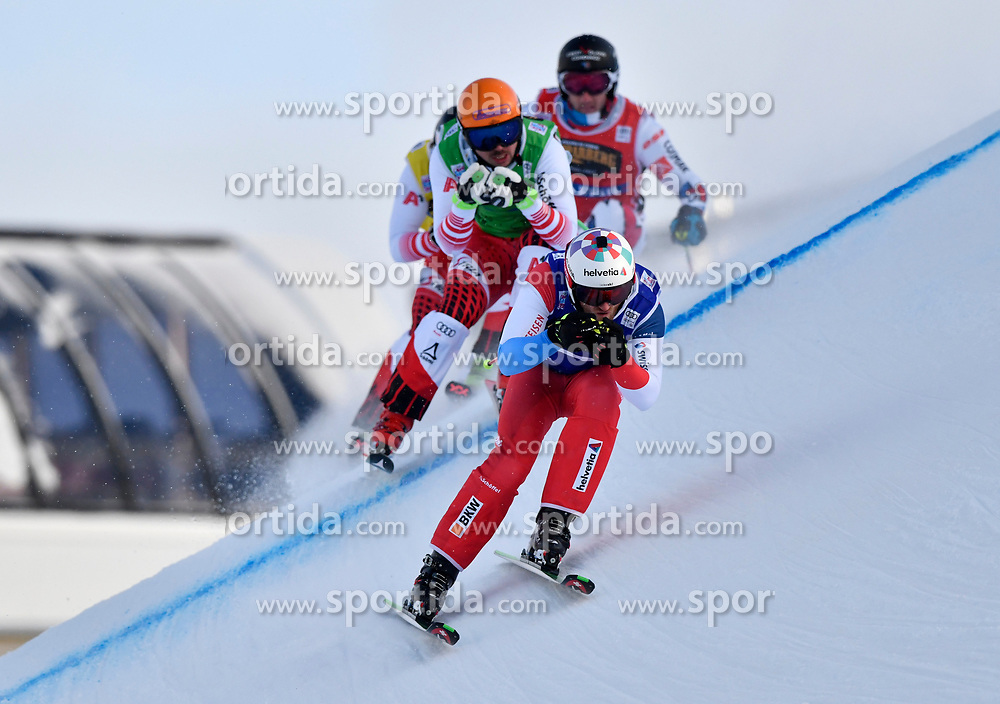 19.01.2019, Idre Fjall, Idre, SWE, FIS Weltcup Ski Cross, im Bild Alex Fiva before Daniel Traxler // during the FIS Ski Cross World Cup at the Idre Fjall in Idre, Sweden on 2019/01/19. EXPA Pictures © 2019, PhotoCredit: EXPA/ Nisse Schmidt<br /> <br /> *****ATTENTION - OUT of SWE*****