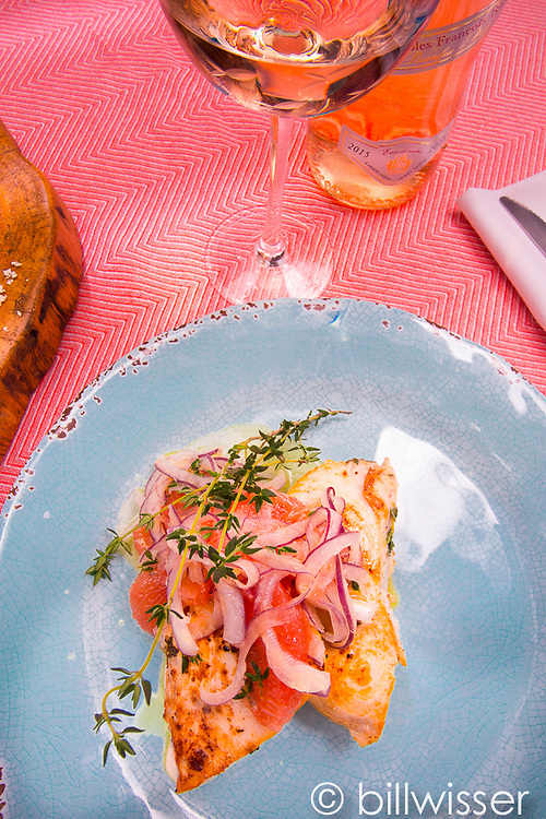 Swordfish with grapefruit, raw onion and horseradish