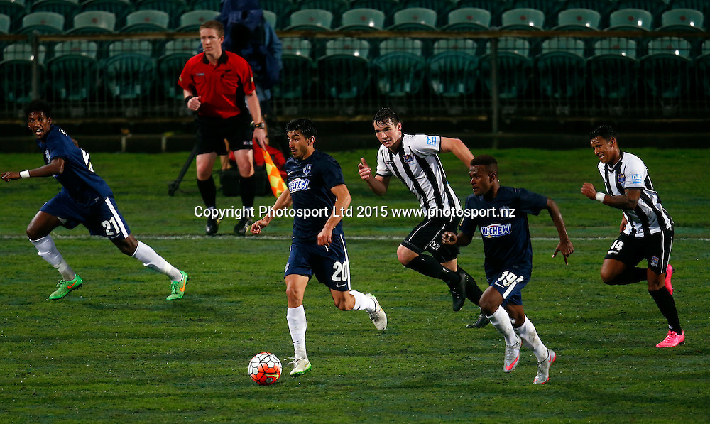 Auckland's Emiliano Tade finds a gap. ASB Premiership, Round One, Auckland City FC v Hawkes Bay United, QBE Stadium Auckland, Thursday 12th November 2015. Copyright Photo: Shane Wenzlick