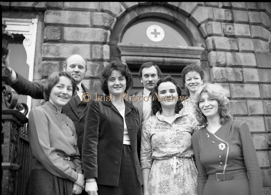 1980-02-29.29th February 1980.29-02-1980.02-29-80..Nurses at Irish Red Cross Society/Cumann Croise Deirge hÉireann in advance of going to Kampuchea..Photographed at Irish Red Cross Society, Dublin:..From Left:..Anne Hickey, Thurles, Co Tipperary.Dr Pat Donohoe, Cashel, Co Tipperary.Patricia Tobin, Thurles, Co Tipperary.Michael McCarthy, Ballsbridge, Dublin.Bridget Lyons, Walkinstown, Dublin.Philomena Mulligan, Ballaghaderreen, Co Roscommon.Katherine M. Hyland, Aragen, Co Cork.