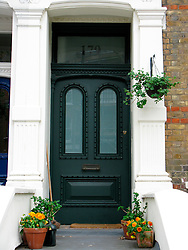 UK ENGLAND LONDON 19MAY08 - House facade on Randolph Avenue in Maida Vale, a wealthy part of West London.. .jre/Photo by Jiri Rezac..© Jiri Rezac 2008..Contact: +44 (0) 7050 110 417.Mobile:  +44 (0) 7801 337 683.Office:  +44 (0) 20 8968 9635..Email:   jiri@jirirezac.com.Web:     www.jirirezac.com..© All images Jiri Rezac 2008 - All rights reserved.