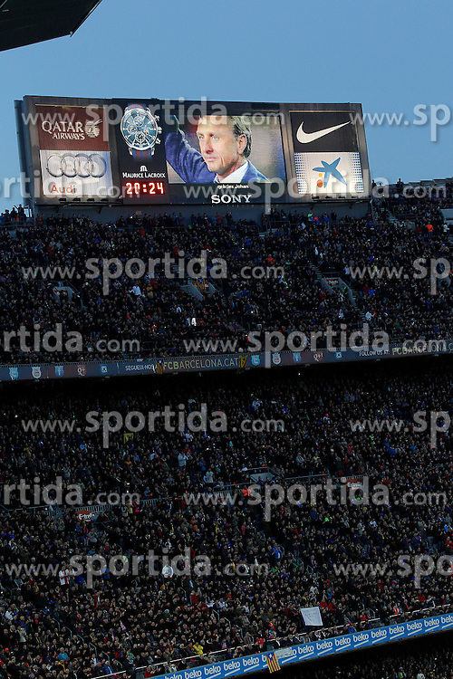 02.04.2016, Camp Nou, Barcelona, ESP, Primera Division, FC Barcelona vs Real Madrid, 31. Runde, im Bild Tributte to Johan Cruyff // during the Spanish Primera Division 31th round match between Athletic Club and Real Madrid at the Camp Nou in Barcelona, Spain on 2016/04/02. EXPA Pictures &copy; 2016, PhotoCredit: EXPA/ Alterphotos/ Acero<br /> <br /> *****ATTENTION - OUT of ESP, SUI*****