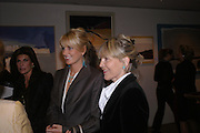 Lady Emily Compton and rosie Marchioness of Northampton. 'The Road to Abtsraction' an exhibition of paintings by Rosita Marlborough. the Fleming Collection. 13 Berkeley St. London W1. 31 March 2005. ONE TIME USE ONLY - DO NOT ARCHIVE  © Copyright Photograph by Dafydd Jones 66 Stockwell Park Rd. London SW9 0DA Tel 020 7733 0108 www.dafjones.com