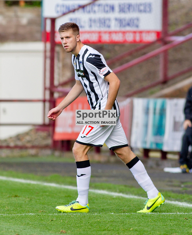 DAFC Sign Shaun Rooney East End Park 03 September 2015<br /> Shaun Rooney signs for DAFC after appearing as a trailist during saturdays match against Stranraer <br /> (c) CRAIG BROWN | SportPix.org.uk