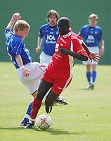 Seyi Olofinjana, Brann. Brann - Halmstad 0-0. Treningskamp. La Manga, Spania. 12. mars 2004. (Foto: Peter Tubaas/Digitalsport)