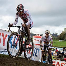 2019-11-03: Cycling: Superprestige: Ruddervoorde: Tom Meeussen and Marcel Meisen struggeling on the short hills