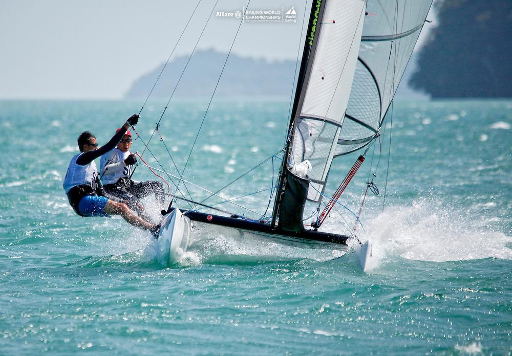 SingaporeSirena SL16OpenCrewSINXN1XavierNg<br />SingaporeSirena SL16OpenHelmSINRW1RijiWong<br />Day4, 2015 Youth Sailing World Championships,<br />Langkawi, Malaysia