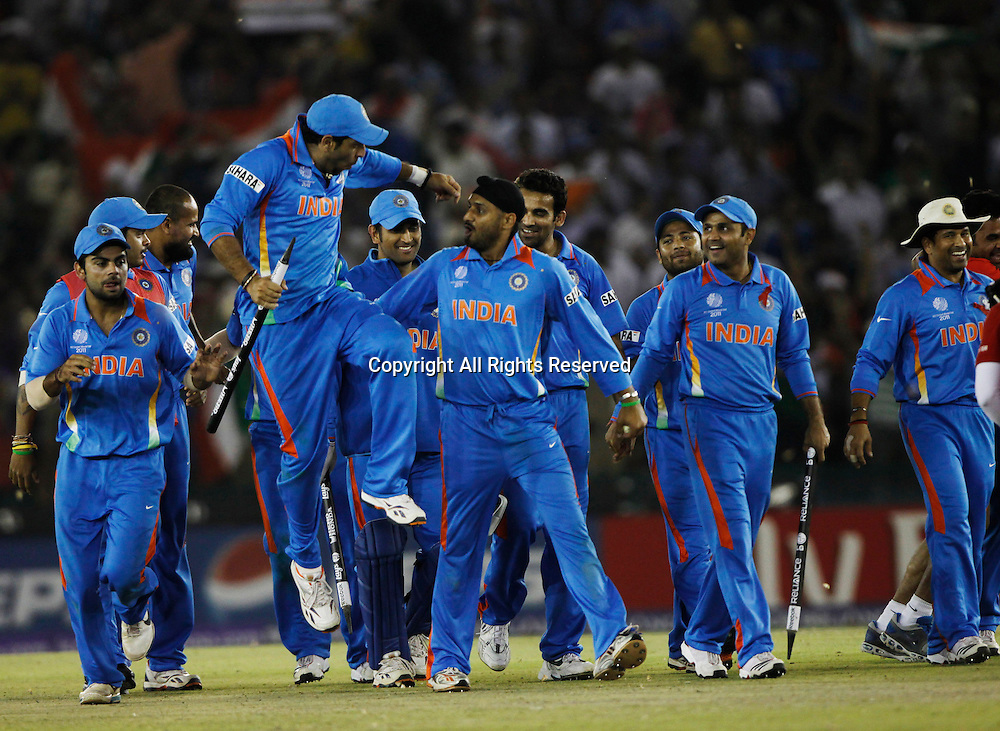 30.03.2011 Cricket World Cup from the Punjab Cricket Association Stadium, Mohali in Chandigarh. India v Pakistan. Indian team Players celebrates victory against ICC Cricket World Cup between India and Pakistan on the 30th March 2011