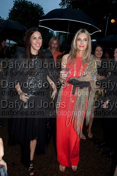 JESSICA DE ROTHSCHILD; KIM HERSOV, The Summer party 2011 co-hosted by Burberry. The Summer pavilion designed by Peter Zumthor. Serpentine Gallery. Kensington Gardens. London. 28 June 2011. <br /> <br />  , -DO NOT ARCHIVE-© Copyright Photograph by Dafydd Jones. 248 Clapham Rd. London SW9 0PZ. Tel 0207 820 0771. www.dafjones.com.