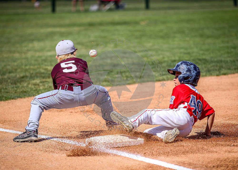 Lansing vs. Moline in the 9-11 Illinois State Little League Baseball Championship at Keystone Park in River Forest, Ill. Saturday, Aug. 1, 2015.