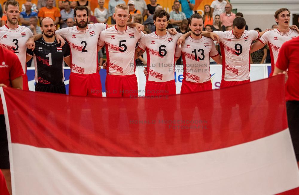 23-09-2016 NED: EK Kwalificatie Nederland - Oostenrijk, Koog aan de Zaan<br /> Nederland pakt de eerste set 25-17 / Line up Oostenrijk