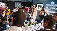 El cauntator Cubano Eduardo Sosa junto Carlos Pacheco de la Cayetana y el Duo Buena Fe Yoel Martinez y Israel Rojas ofrecen  Jueves 25 July, 2013 una conferencia de prensa en Photocafe, San Salvador, El Salvador para dar a conocer las presentaciones del Concierto Estudio y Lucha para conmemorar la masacre del 30 de julio 1975 de estudiantes universitarios. Photo: Edgar ROMERO/Imagenes Libres.