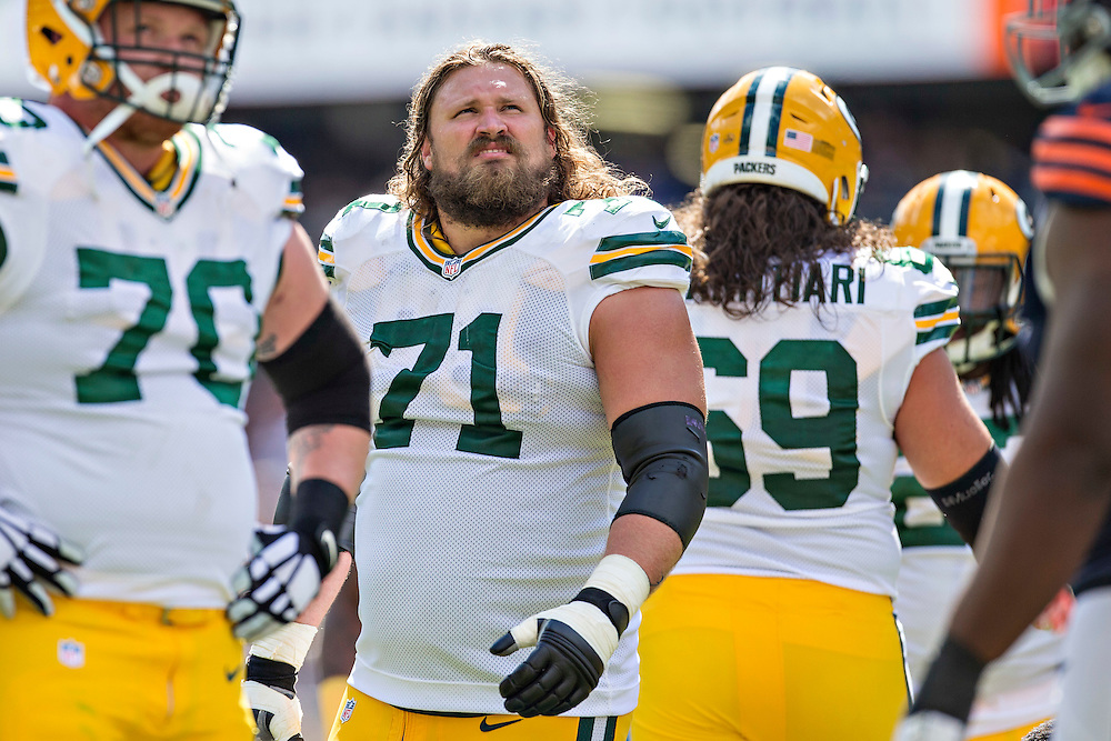CHICAGO, IL - SEPTEMBER 13:  Josh Sitton #71 of the Green Bay Packers watches a replay on the scoreboard during a game against the Chicago Bears at Soldier Field on September 13, 2015 in Chicago, Illinois.  The Packers defeated the Bears 31-23.  (Photo by Wesley Hitt/Getty Images) *** Local Caption *** Josh Sitton