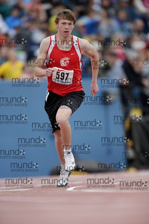Walker Houghton of Englehart HS - Englehart competes in the 800 metre heats at the 2013 OFSAA Track and Field Championship in Oshawa Ontario, Saturday,  June 8, 2013.<br /> Mundo Sport Images/ Geoff Robins
