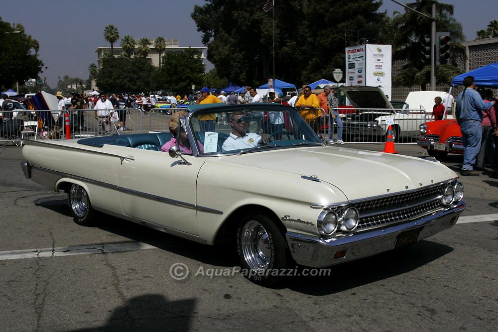 Jpg AQUA PAPARAZZI - Route 66 classic car show