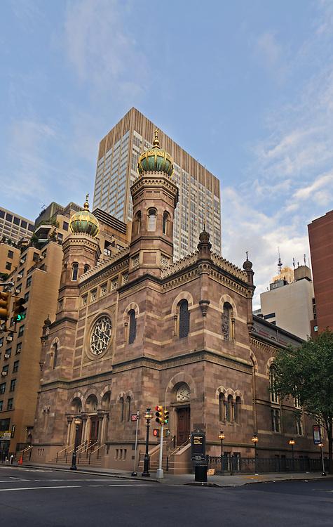 Central Synagogue (Congregation Ahavath Chesed), Manhattan, New York City, New York, USA, designed by Henry Fernbach