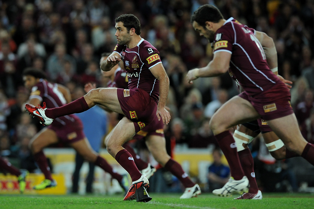 July 6th 2011: Cameron Smith of the Maroons Kicks the ball during game 3 of the 2011 State of Origin series at Suncorp Stadium in Brisbane, QLD, Australia on July 6, 2011. Photo by Matt Roberts / mattrimages.com.au / QRL