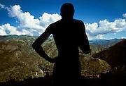 © Jean-Franc?ois Leblanc/Agence Stock Photo..Chai?ne de montagnes entre Gonai?ve et Cap Hai?tien..La de?forestation entrai?ne de graves proble?mes d'e?rosion  dans ce pays a? 80% montagneux. .Mountain range between Gonaïve and Cap Haitian ..The deforestation  cause serious problems of erosion in this country mountainous at 80 %.
