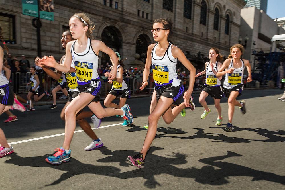 Boston Marathon: BAA Middle School 1000 meter, girls