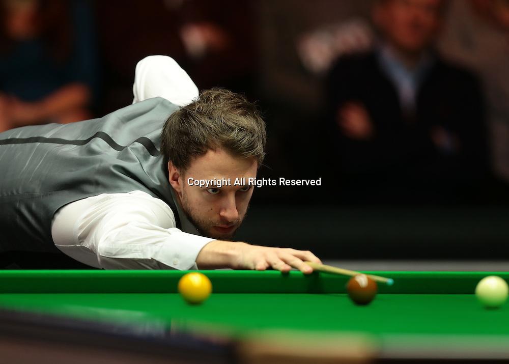16.01.2016.  Alexandra Palace, London, England. Masters Snooker. Semi Finals. Judd Trump dominates frame three