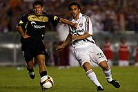 20091202: RIO DE JANEIRO, BRAZIL - South-American Cup 2009, Final: Fluminense vs LDU Quito. In picture: Fred (Fluminense, R). PHOTO: CITYFILES