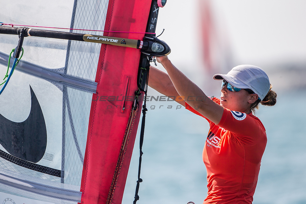 RS:X WORLD CHAMPIONSHIP 2015, October 17th-24th Al Mussanah Sports City, Sultanate. 3rd day of racing, golden fleets 22.10.2015.ESP 1 Manchon Blanca<br /> <br /> Credit Jesus Renedo/Oman Sail