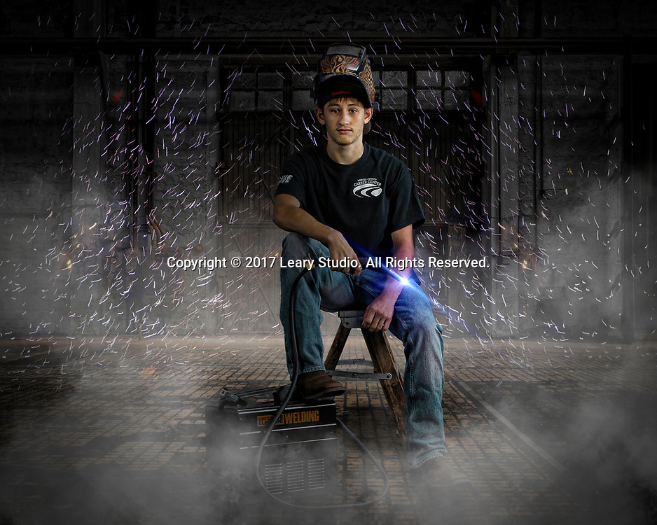Hunter Davidson Senior Portrait