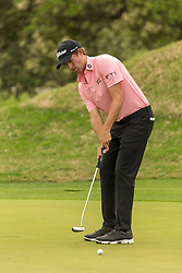 March 23, 2018 - Austin, TX, U.S. - AUSTIN, TX - MARCH 23:  Webb Simpson attempts a birdie putt during the WGC-Dell Technologies Match Play Tournament on March 22, 2018, at the Austin Country Club in Austin, TX.  (Photo by David Buono/Icon Sportswire) (Credit Image: © David Buono/Icon SMI via ZUMA Press)