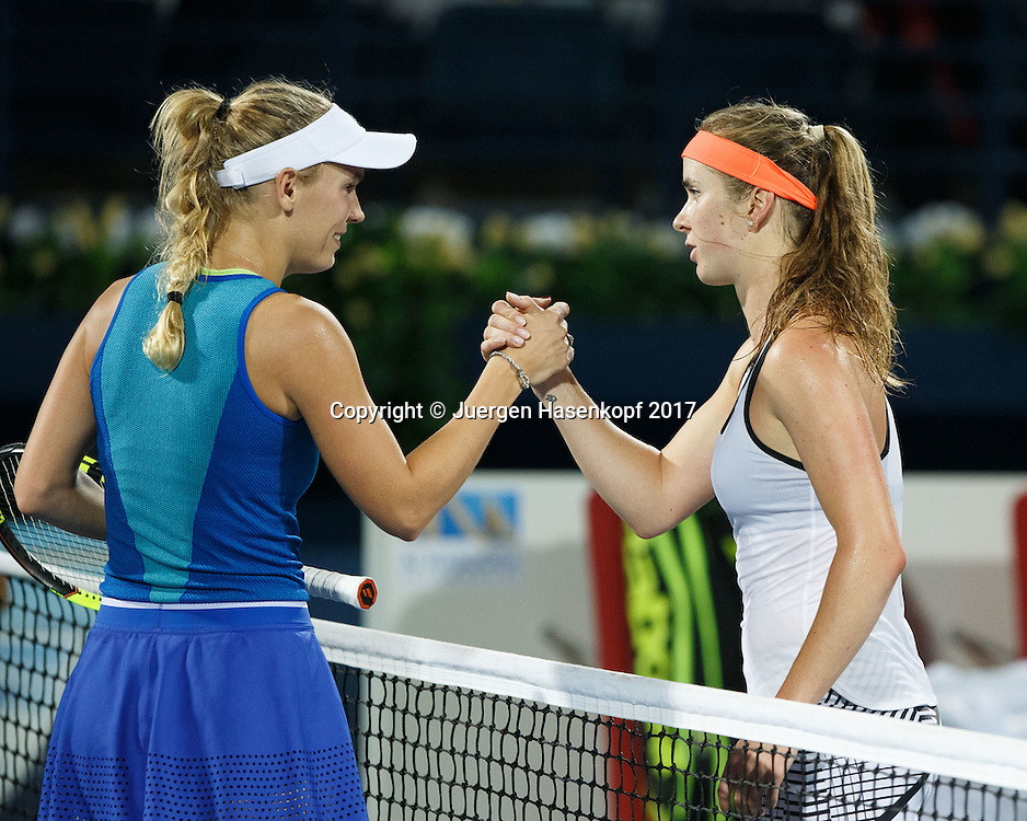L-R. CAROLINE WOZNIACKI (DEN) gratuliert der Siegerin ELINA SVITOLINA (UKR) am Netz,<br /> <br /> Tennis - Dubai Tennis Championships 2017 -  WTA -  Dubai Duty Free Tennis Stadium - Dubai  -  - United Arab Emirates  - 26 February 2017.